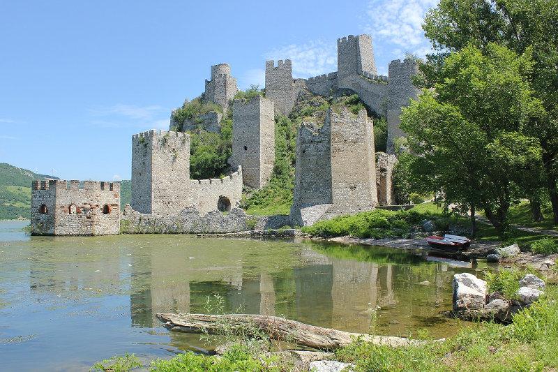 Fortezza di golubac in Serbia